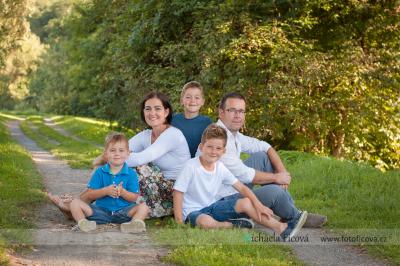 Rodinné foto v exteriéru